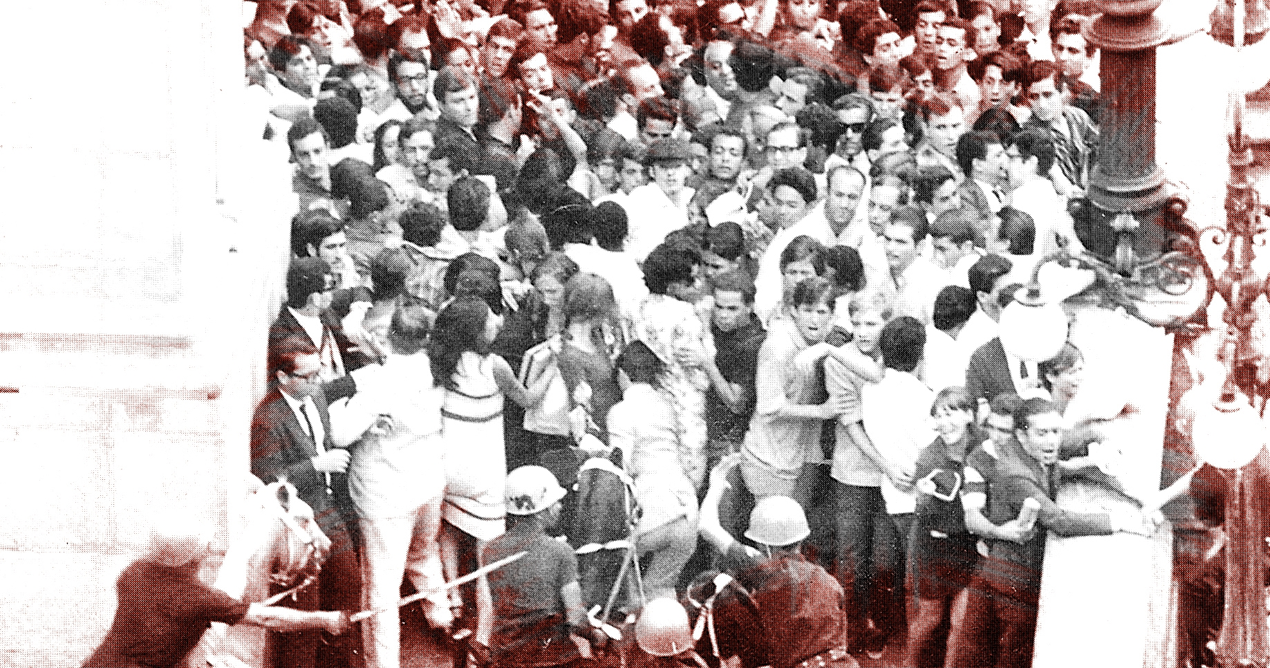 Rio de Janeiro, assassinato de Edson Luís, abril de 1968. Fonte: Arquivo em Imagens,Última Hora, 1997.